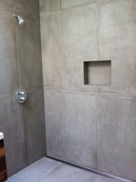 2'x4' 'faux concrete' porcelain shower surround with recessed niche